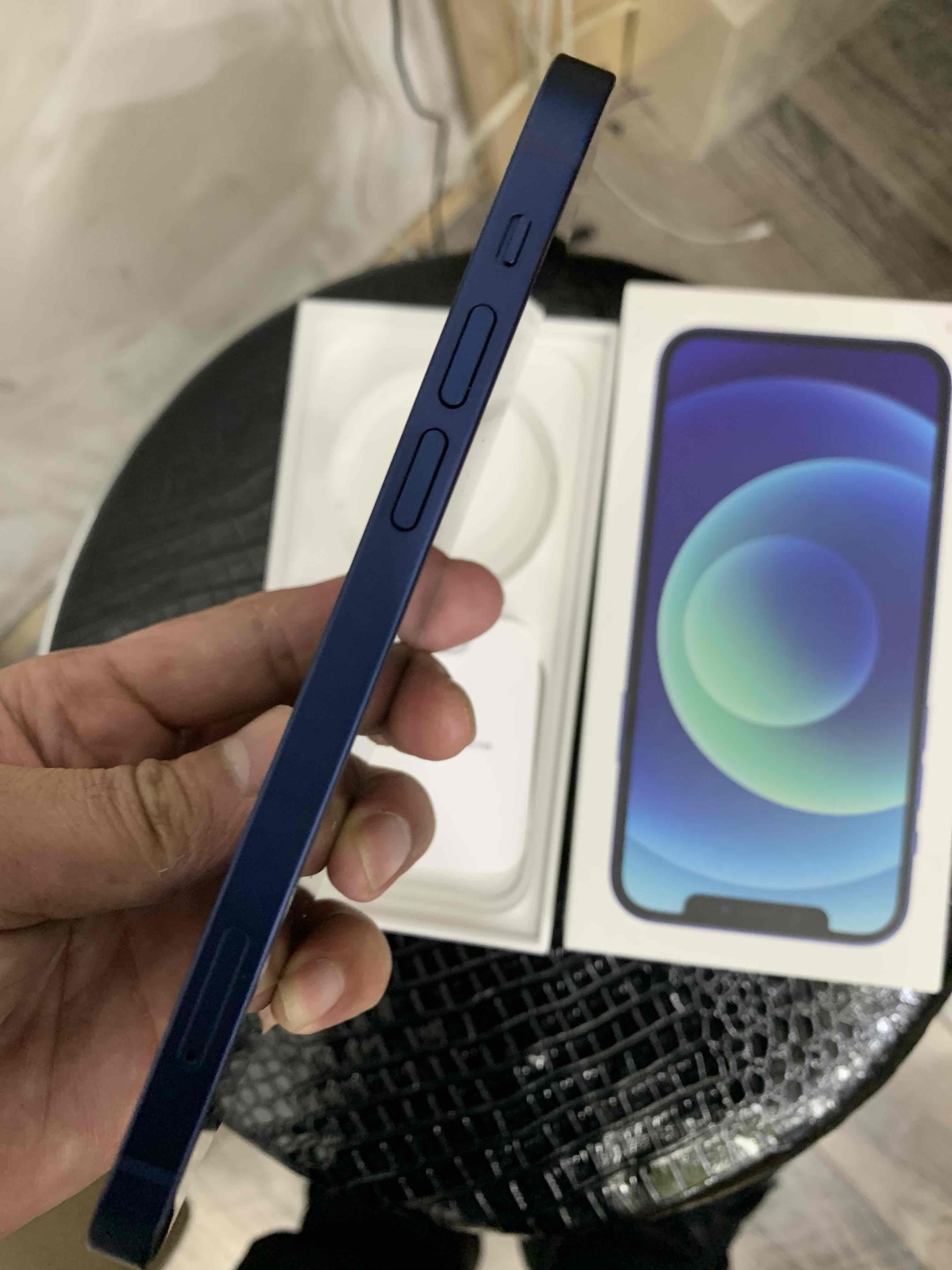 苹果【iPhone 12】全网通 蓝色 64G 国行 95新 64G真机实拍